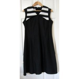 Vtg 60s Sleeveless Black Swing Dress White Collar